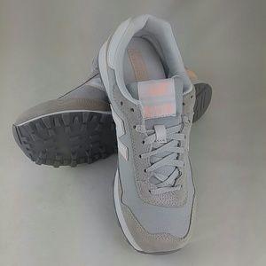 New Balance Women's 515V1 Sneaker, steel 8.5 M